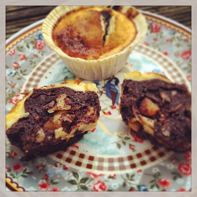 Muffins mit karamellisierten Nüssen