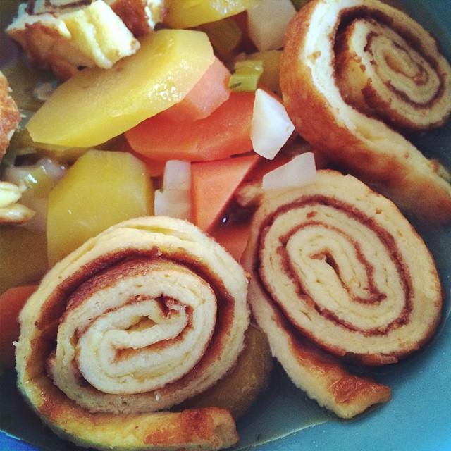 Gemüsesuppe Parmesan-Pfannkuchen close