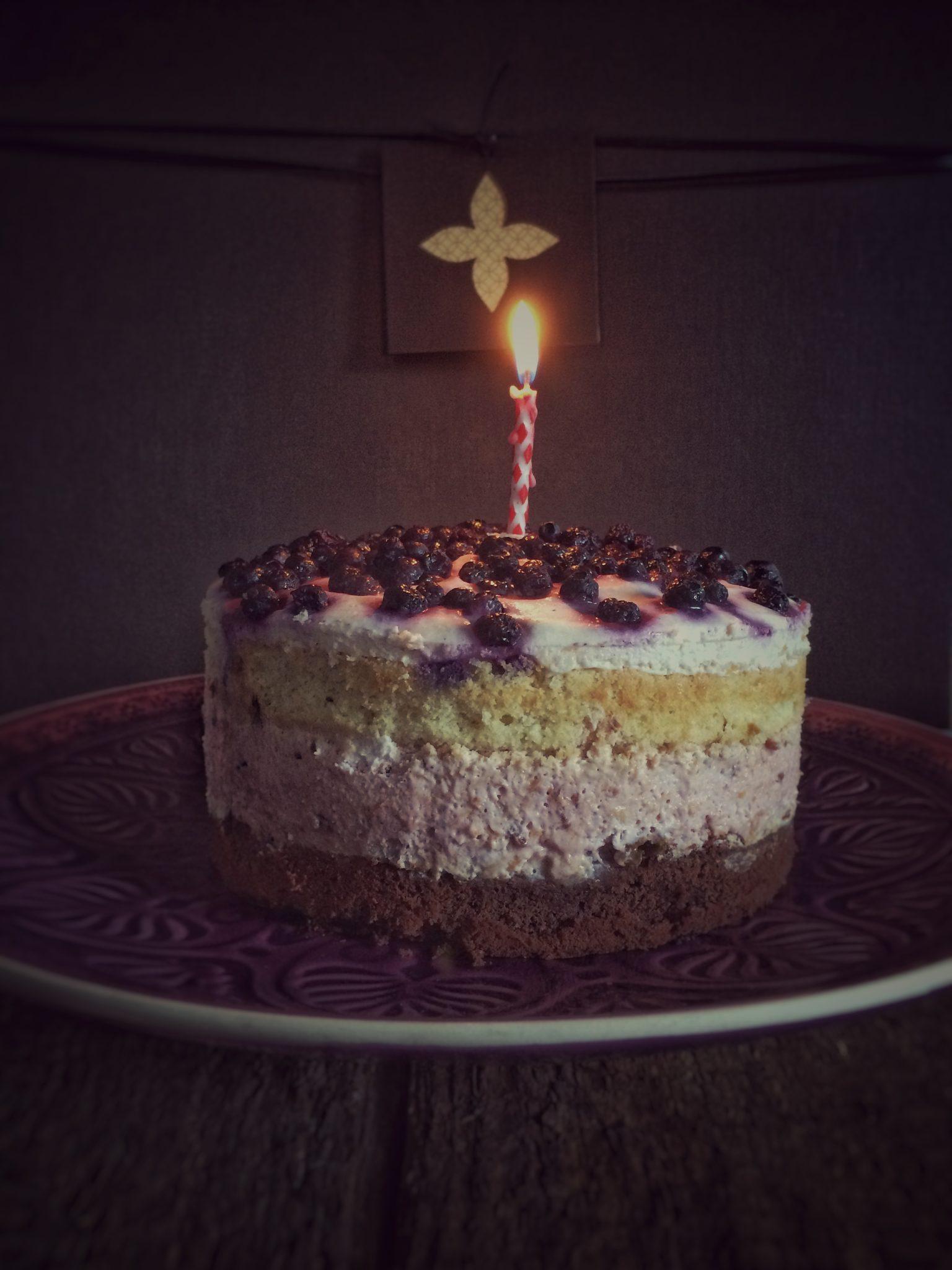Happy Birthday Cake Ganz Seite Kerze Kochfee 20