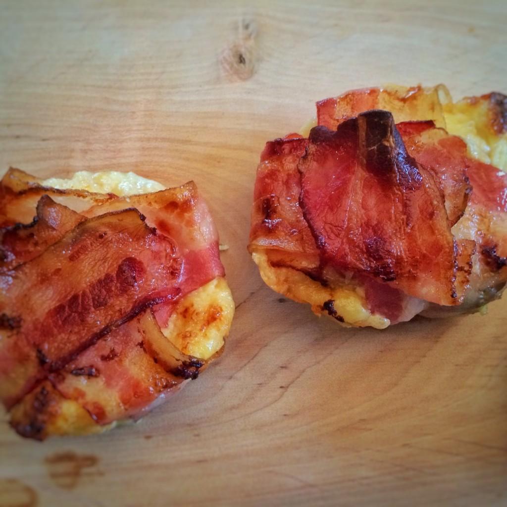 Herzh. Muffins 2 auf Brett