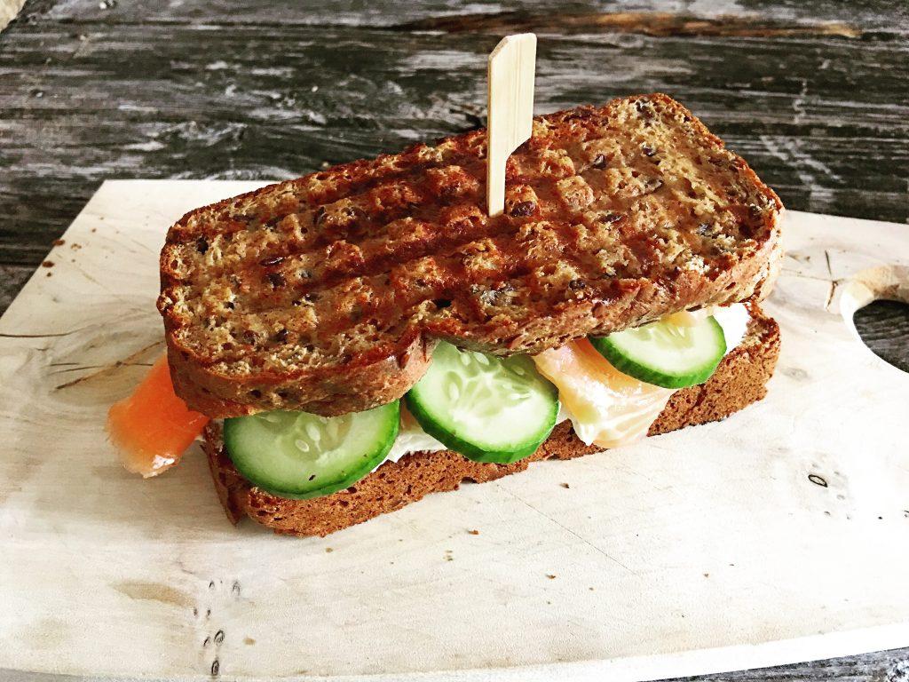 Low Carb Sandwichbrot mit Leinsamen 3