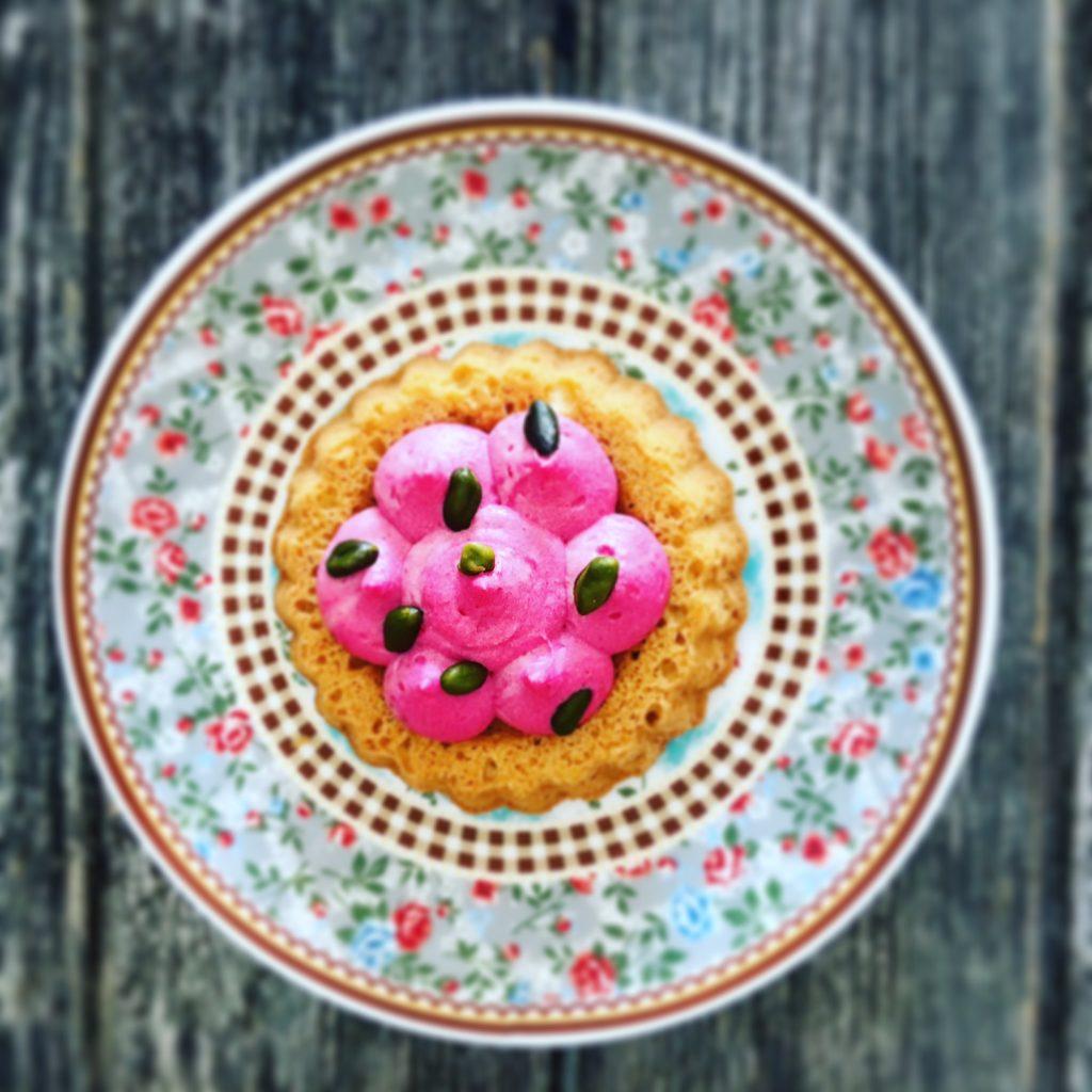 Low Carb Törtchen mit Erdbeercreme