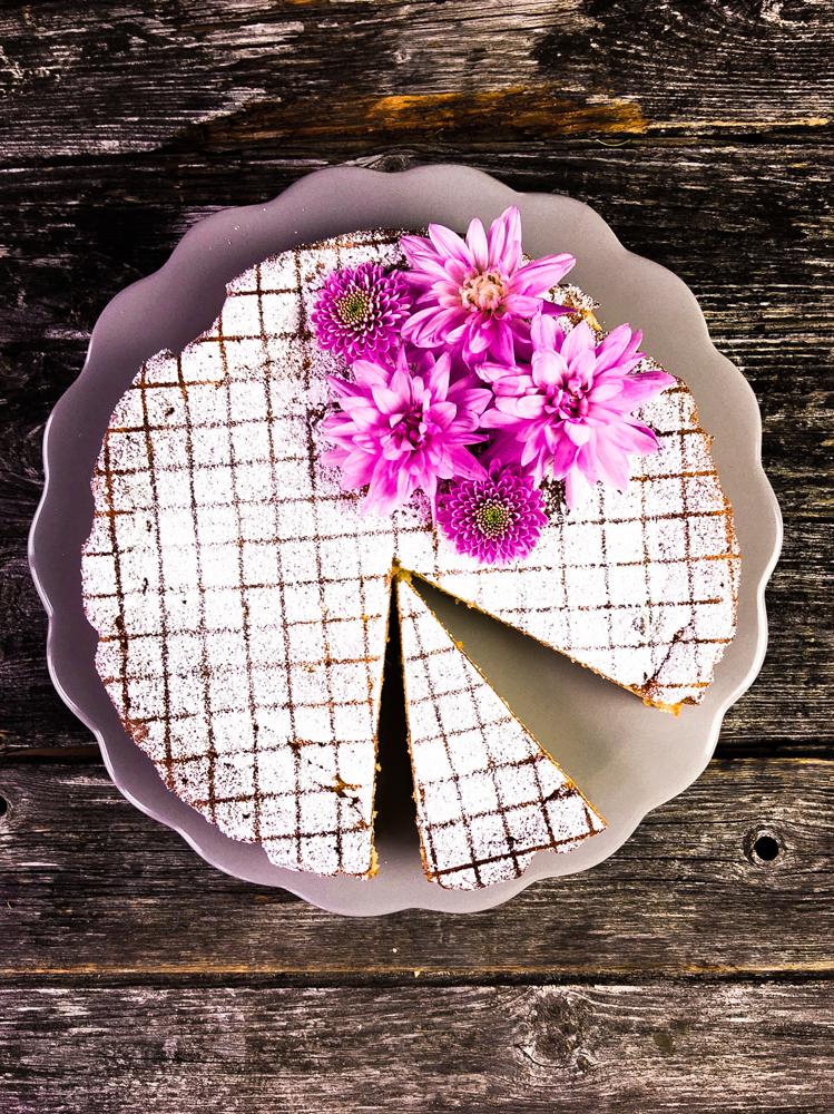 apfel quark mandelkuchen low carb ohne fett ohne mehl ohne zucker. Black Bedroom Furniture Sets. Home Design Ideas