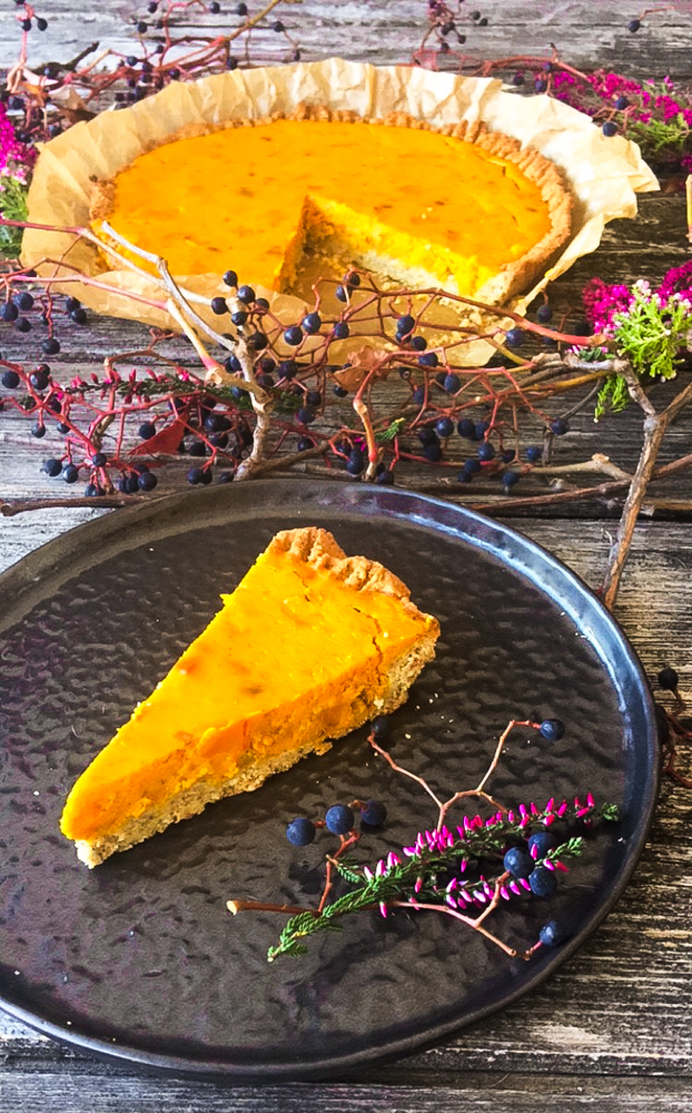 Kürbis Pie Low Carb auf Kräuter-Mürbeteig