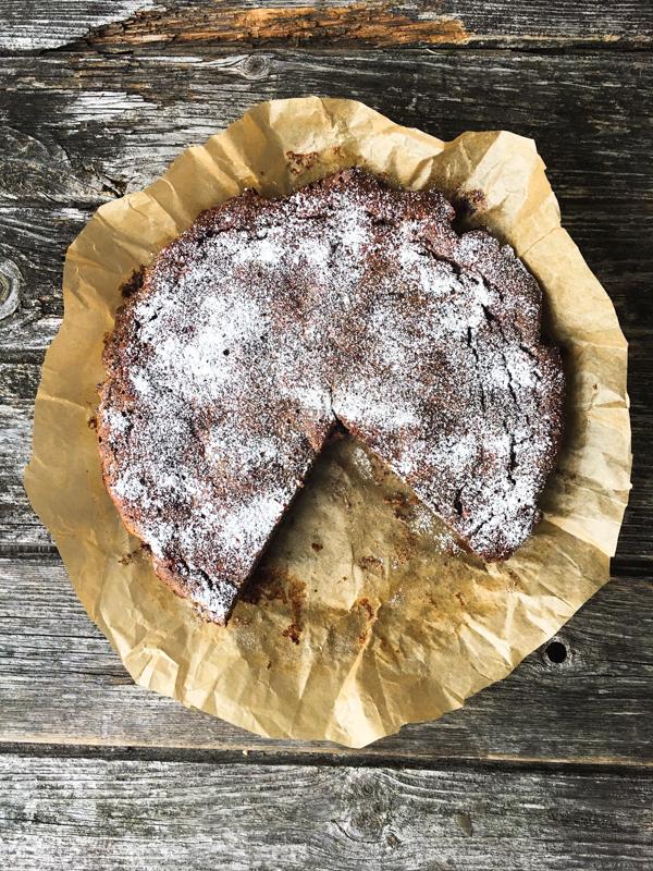 Mohnkuchen mit Birnen, Feigen und Quark