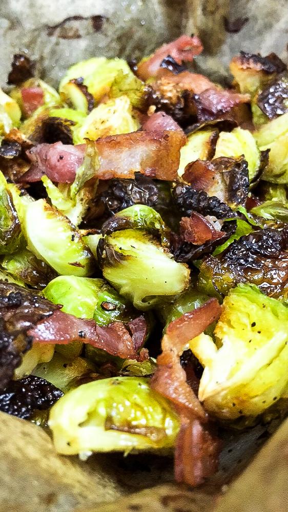 Low Carb Rosenkohl im Ofen geröstet mit Bacon
