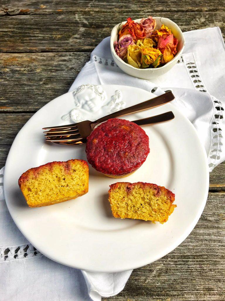 Poke Mini Cake Low Carb (zuckerfrei und ohne Mehl)