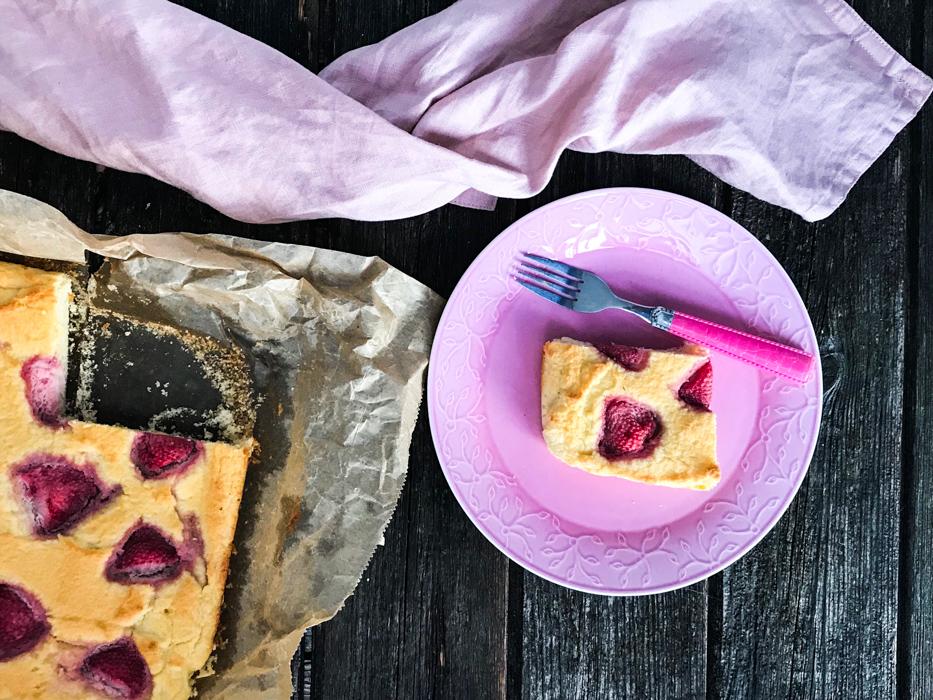 Joghurt-Kokos-Kuchen mit Erdbeeren Low Carb