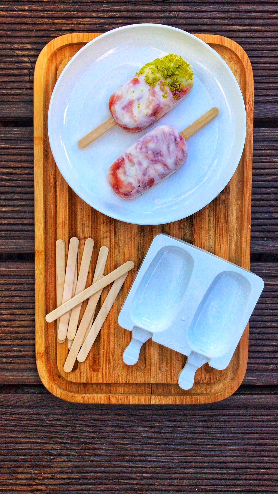 Erdbeer-Rhabarber-Swirl