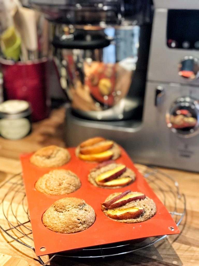 Bananen-Nuss-Muffins frisch aus dem Ofen