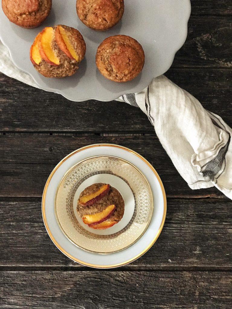 Gesunde Bananen-Haselnuss-Muffins mit Dinkelmehl