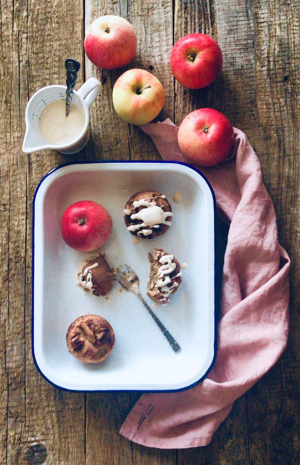 Die einfachsten Bratapfelmuffins Low Carb schnell gemacht