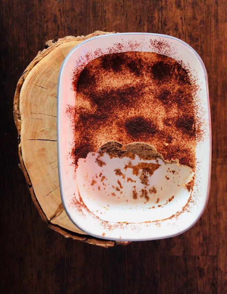 Mandel-Espresso-Schnitten Low Carb angeschnitten