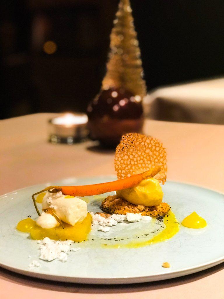 Dessert mit Karotte
