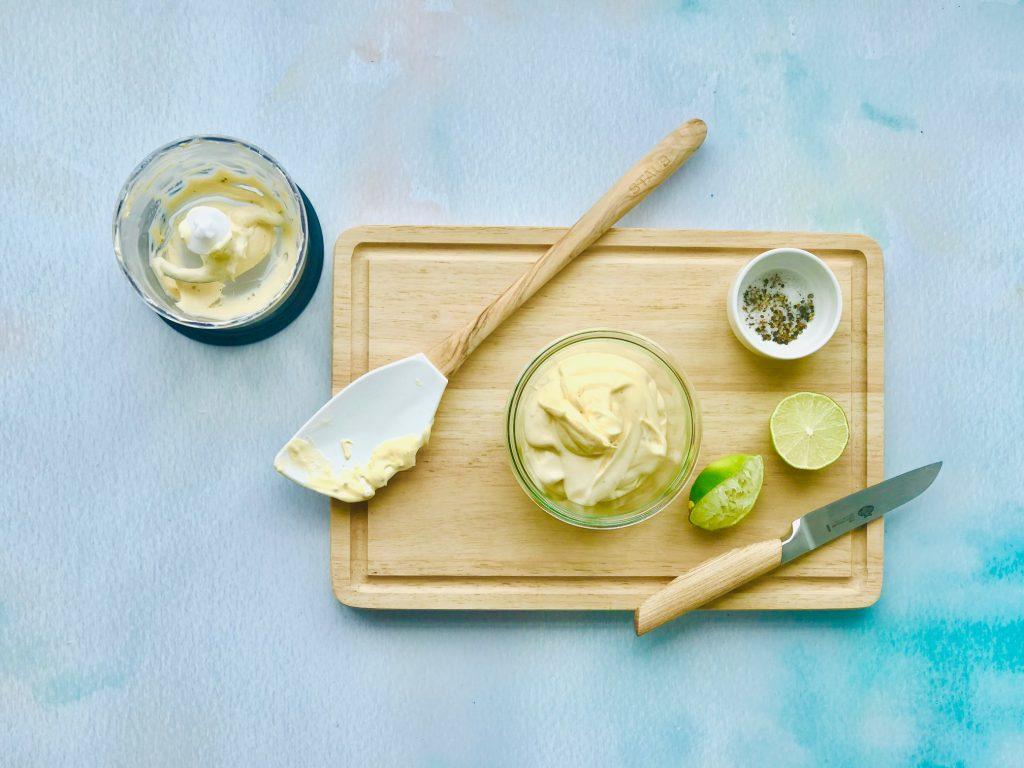Eiercreme mit Limette und Pfeffer