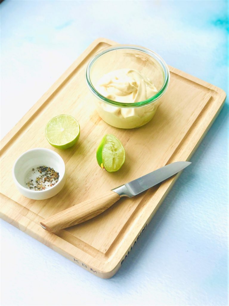 Eieraufstrich fertig gemixt mit Limette