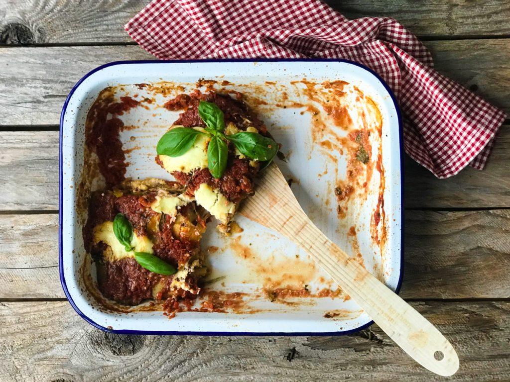 Parmigiana di Zucchine - Zucchiniauflauf vegetarisch im Bräter