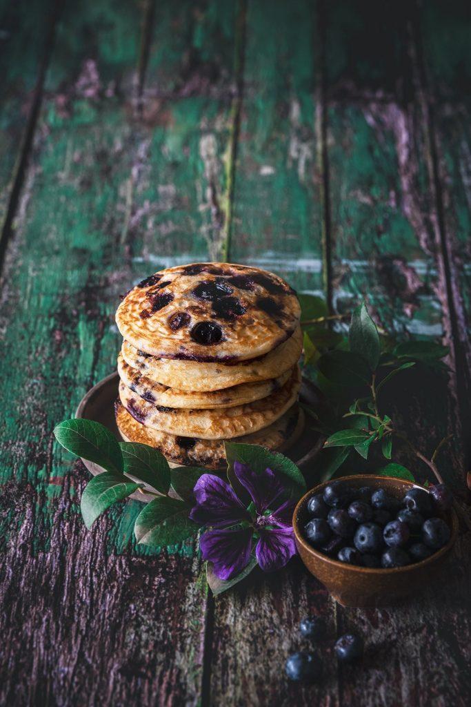 Low Carb Pancakes mit Blaubeeren