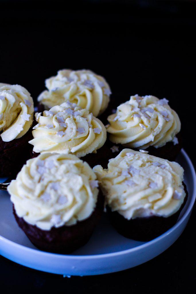 Wenn eine Platte auf die Cupcakes fällt - das Topping ist platt!