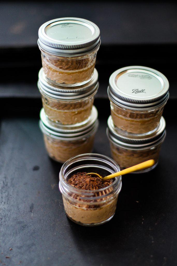 Mason Jars in Crystal gefüllt mit Schokocreme