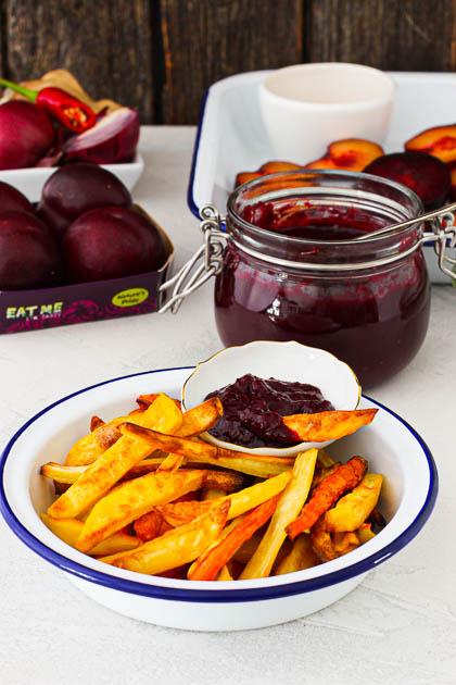 Gemüse Pommes mit Ketchup aus Pflaumen