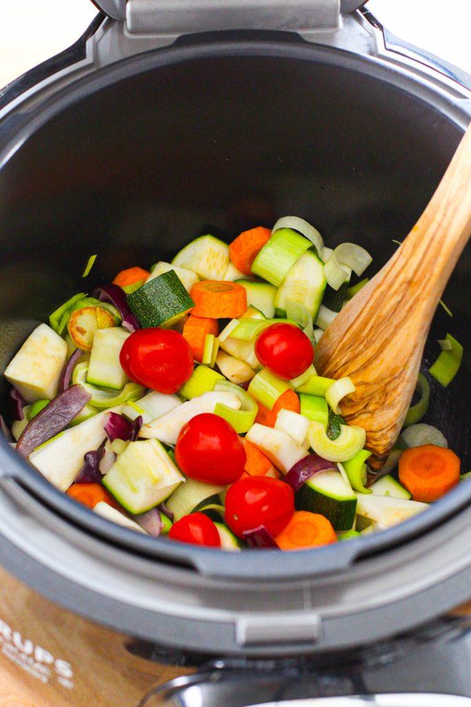 Das ganze Gemüse ist jetzt in der Cook4Me.