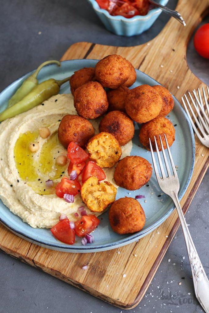 Kartoffelfreitag mit Marc von Bake to the roots - Fallapfel aus Süßkartoffeln mit Hummus