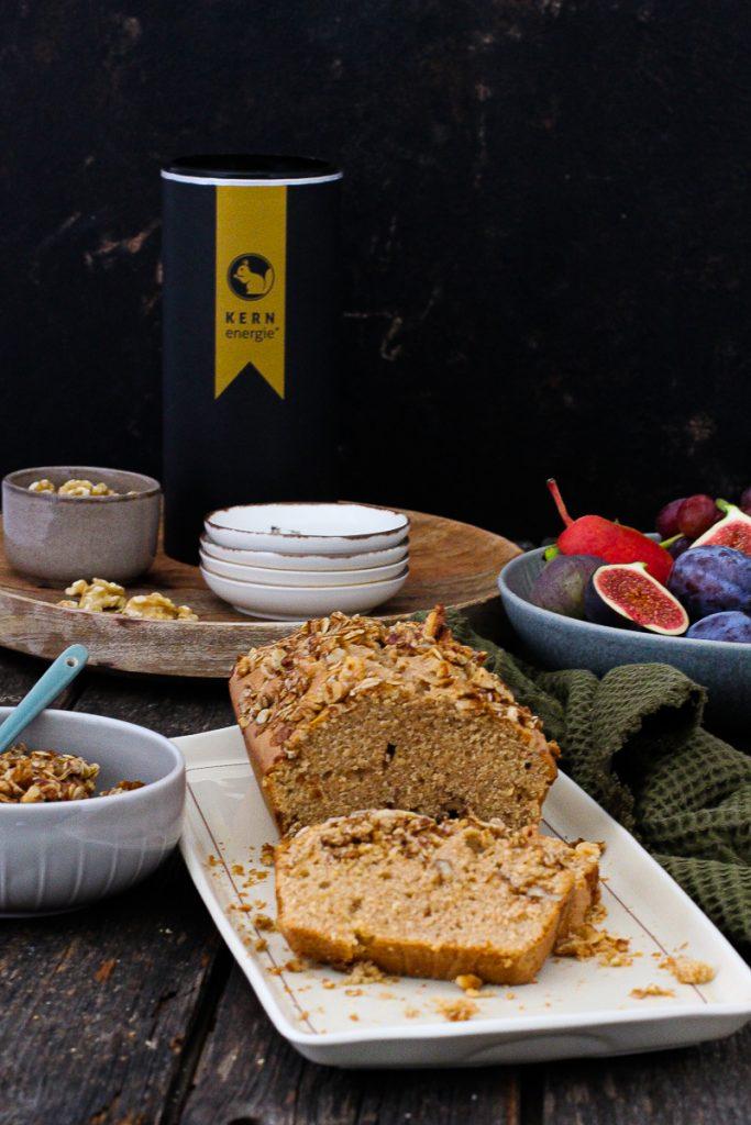 Vollkornkuchen mit Wallnussgranola